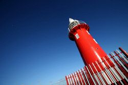 TWA-0051394 © WestPix Fremantle lighthouse fishermen on North Rous. Picture by…