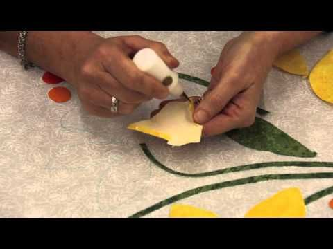 Intertwined Bias Stems, and Two Tone Leaves in Hand Applique Quilting - Peggy's Puzzle Block 4 - YouTube