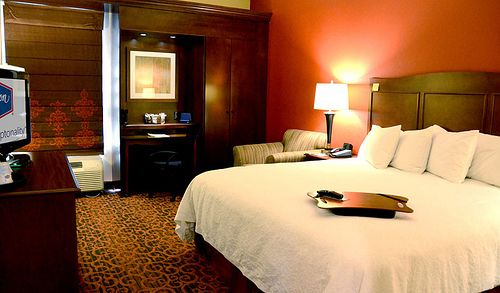 ADA Guest Rooms Accommodations - Hampton Inn Denver Airport Hotel
