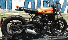 Moto Kawasaki KLR 250 Scrambler