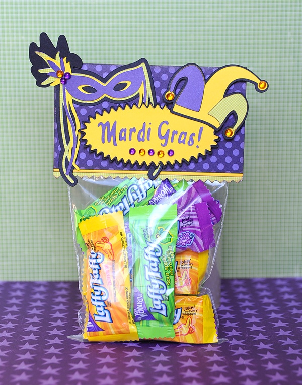Mardi Gras favors with the #Cricut!