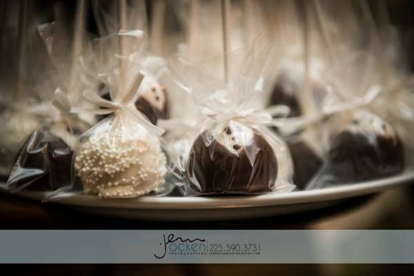 31 best wedding cake recipes images on pinterest groom cake petit bride and groom cake pops fandeluxe Image collections