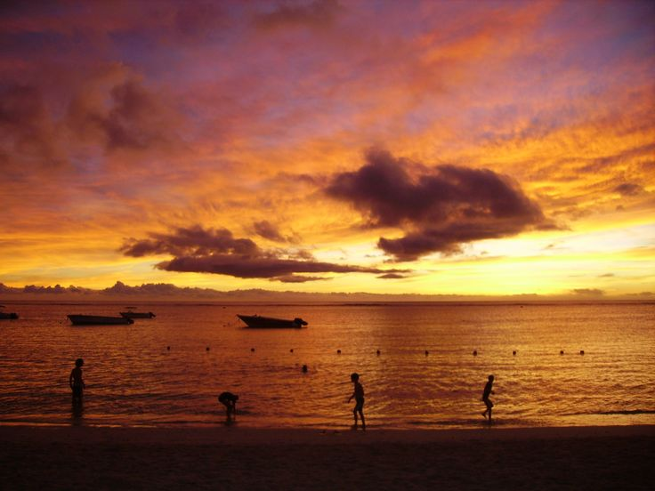 La Pirogue Mauritius, the most beautiful sunset I have ever seen! (no filter)