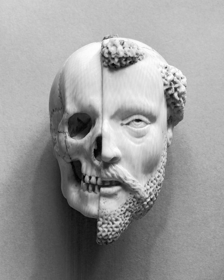 French - Pendant with a Monk and Death - Walters 71461 - Memento mori - Wikipedia, the free encyclopedia