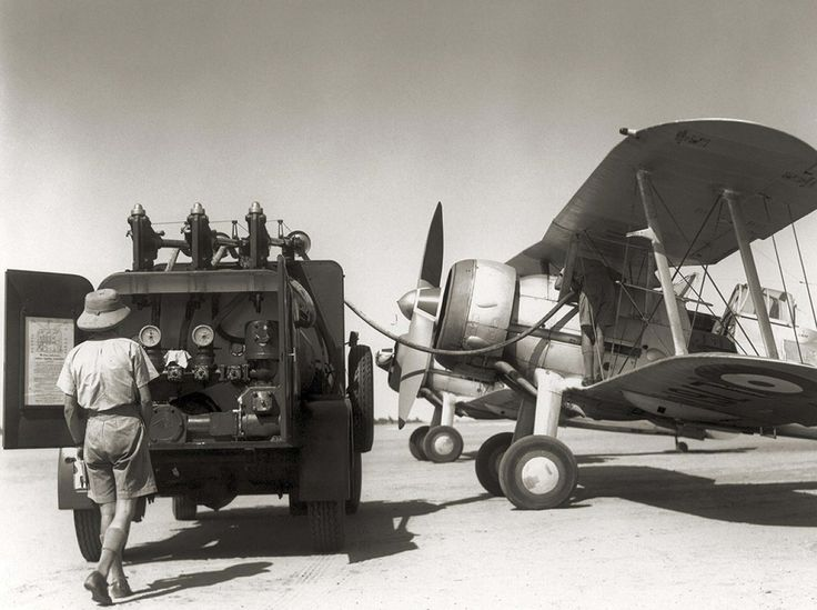 Refueling a Gloster Gladiator Mk II in Libya 1940 | World ...