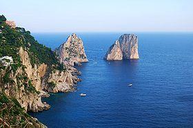 The Faraglioni.JPG http://it.wikipedia.org/wiki/Isola_di_Capri