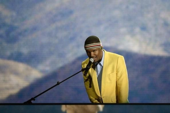 When Will The New Frank Ocean Album Drop? LP Becomes The Center Of Memes In The Internet - http://imkpop.com/when-will-the-new-frank-ocean-album-drop-lp-becomes-the-center-of-memes-in-the-internet/