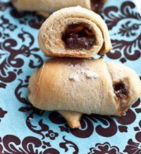 Stupidly Easy Crescent Roll Dessert