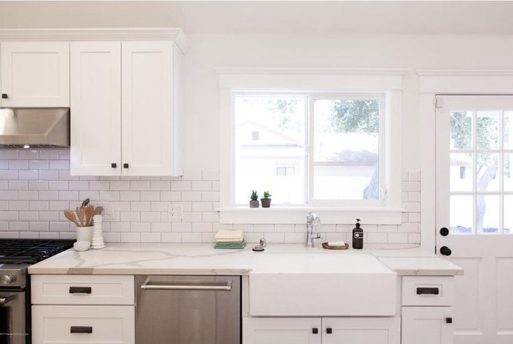 Nantucket Style Pasadena Craftsman from 1909 - ACME Real Estate - LA Homes - Highland Park, Silver Lake, West Hollywood