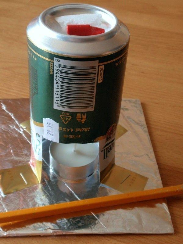 Jak z plechovky jednoduše vyrobíte stojánek na rozehřívání vosku pro malování kraslic. Подставка для растопки цветного воска для писанок
