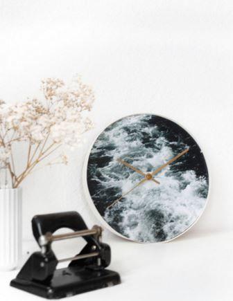 diy comment relooker une vieille pendule avec une jolie photo tutos et diy pinterest. Black Bedroom Furniture Sets. Home Design Ideas