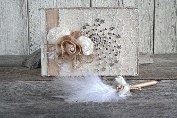 Livre d'or mariage dentelle et fleur ivoire avec stylo