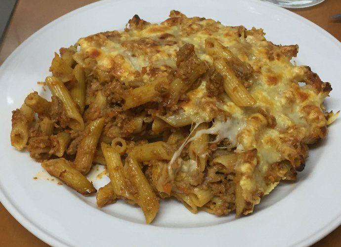 Macarrones a la boloñesa para 2 personas para #Mycook http://www.mycook.es/cocina/receta/macarrones-a-la-bolonesa-para-2-personas