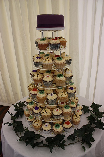 star trek themed wedding cake 17 best ideas about trek wedding on 20499
