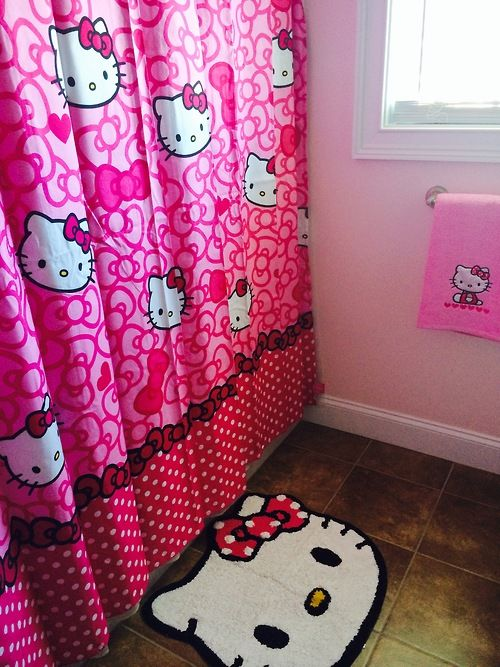 Hello Kitty bathroom stuff