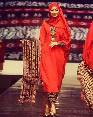 #MuslimsInFashion #MuslimFashion #MuslimsFashion #MuslimahFashion #MuslimaFashion #IslamicFashion #MuslimStyle #MuslimahStyle #MuslimaStyle #Fashion #Style #MuslimWear #MuslimahWear #MuslimaWear #FashionMuslim #FashionMuslima #FashionMuslimah #Islam #Muslim #Muslims #Muslima #Muslimah