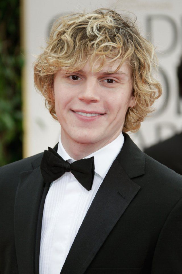 Evan Peters. He should get an Oscar for his emotional scenes in American Horror Story. That category should exist.