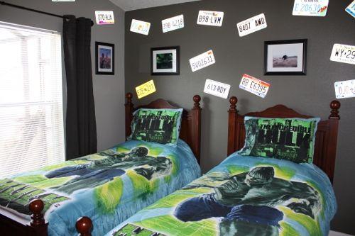 "Hulk Bedroom with two single beds ""GO USA BEDROOM"": http://www.theluxuryvillasorlando.com/Page_2.php www.facebook.com/FantasyHouseVillaOrlandoFlorida"