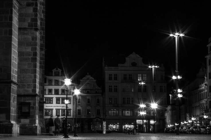 Night Pilsen - Noční Plzeň  http://galerie.josefnemec.cz
