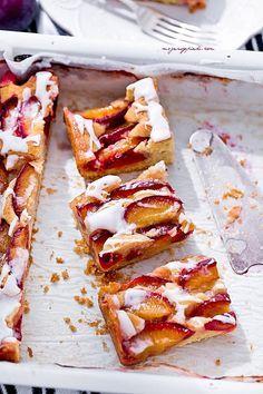ciasto ze śliwkami i cynamonem