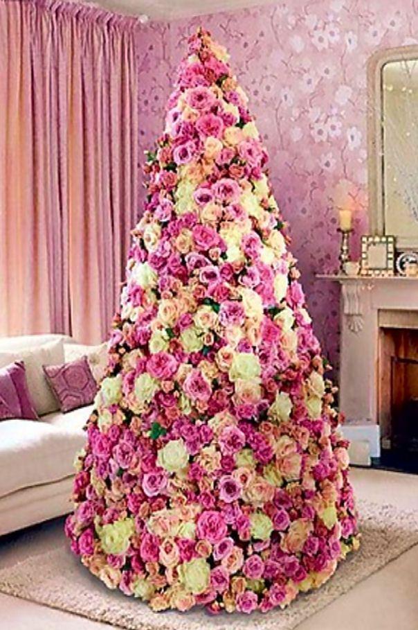 Paper Flowers.... very original Christmas tree...