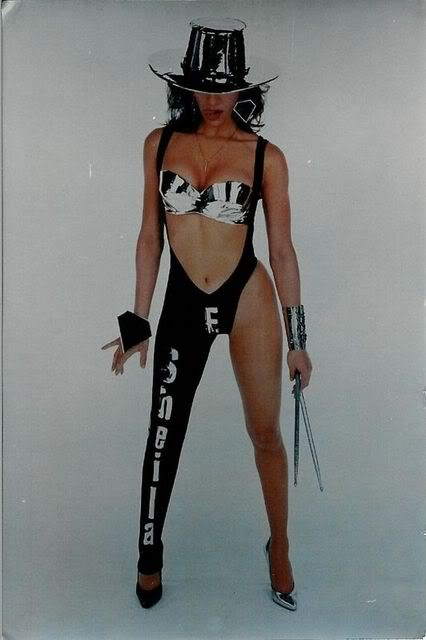 Sheila E. Lovesexy era - probably taken during the same Lovesexy white background photo sessions Prince photos.