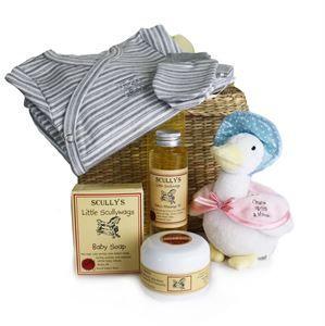 Baby's Basket Gift | http://www.flyingflowers.co.nz/baby-basket