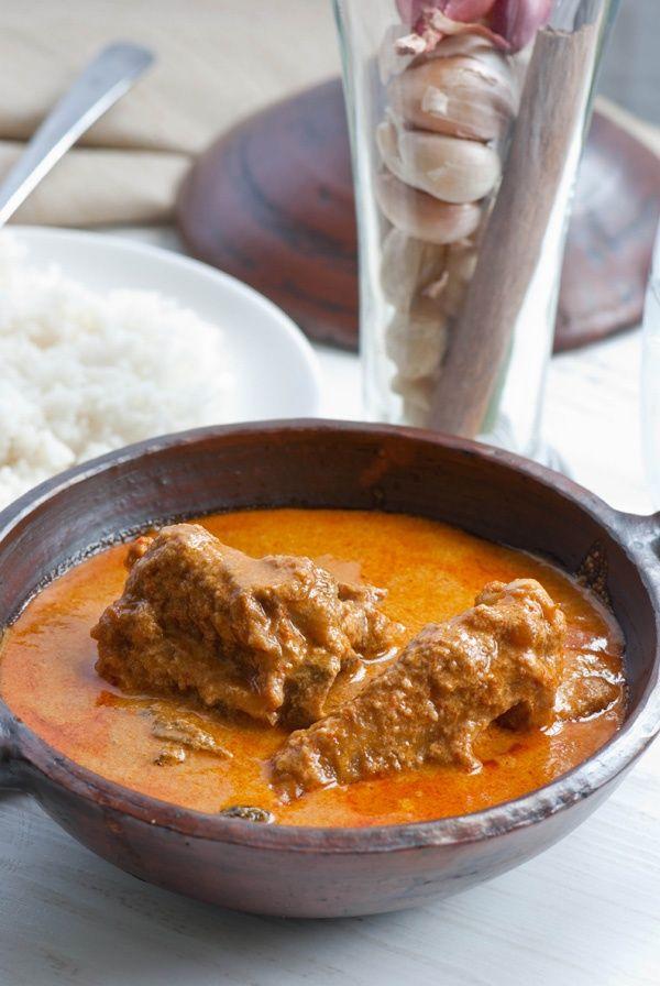 Chicken curry gulai
