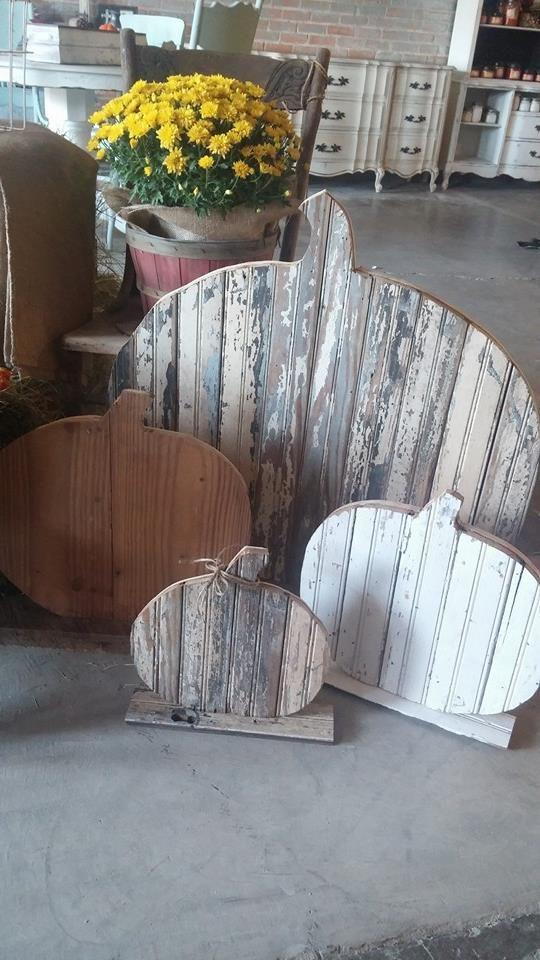 Wooden pumpkins made by Dumpster Diva~ Follow me on face book! https://www.facebook.com/pages/Dumpster-Diva/265520813490127