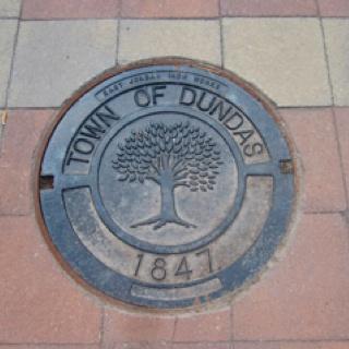 Dundas, Ontario manhole cover