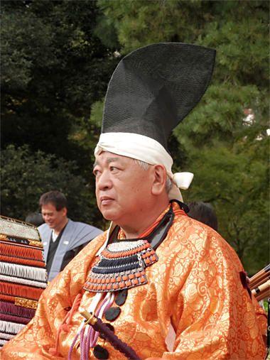 Toki: pinning for eboshi reference. Original:Costume of General Ashikaga. Jidai Matsuri (Festival of the Ages) in Japan.  Costume of the Muromachi era.  A light armament figure of the Muromachi Shogunate.