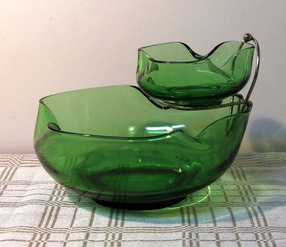 Vintage Anchor Hocking Chip and Dip Set, Green Glass Chip Bowl, Sauce Bowl, Wire Rack, 3 pce Set, 1960's
