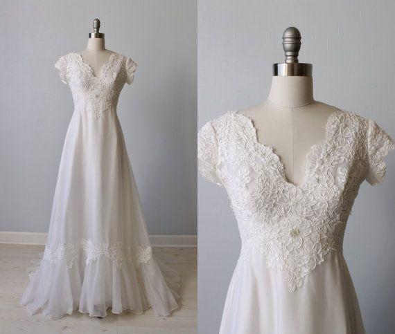 Lace Wedding Dress / 1970s Wedding Dress / Chiffon / Short Sleeves / White / Enchanted