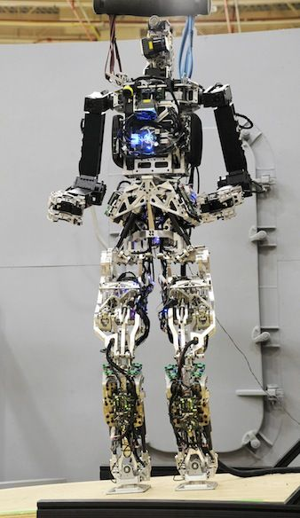 U.S. Navy to test humanoid robotic firefighters