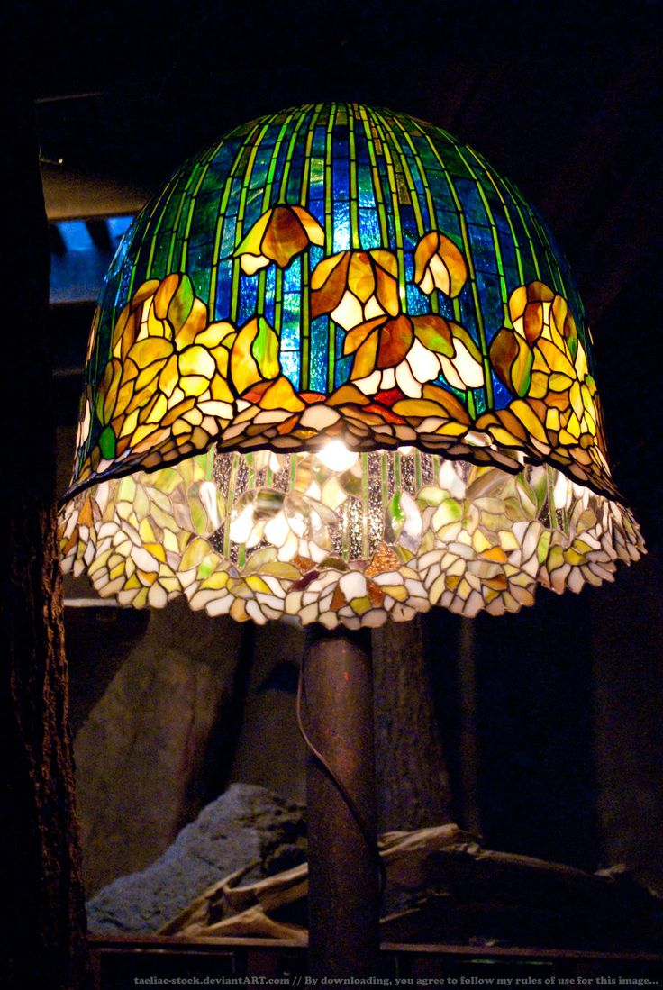 HotR : Stained Glass Lamp 01 by taeliac-stock.deviantart.com