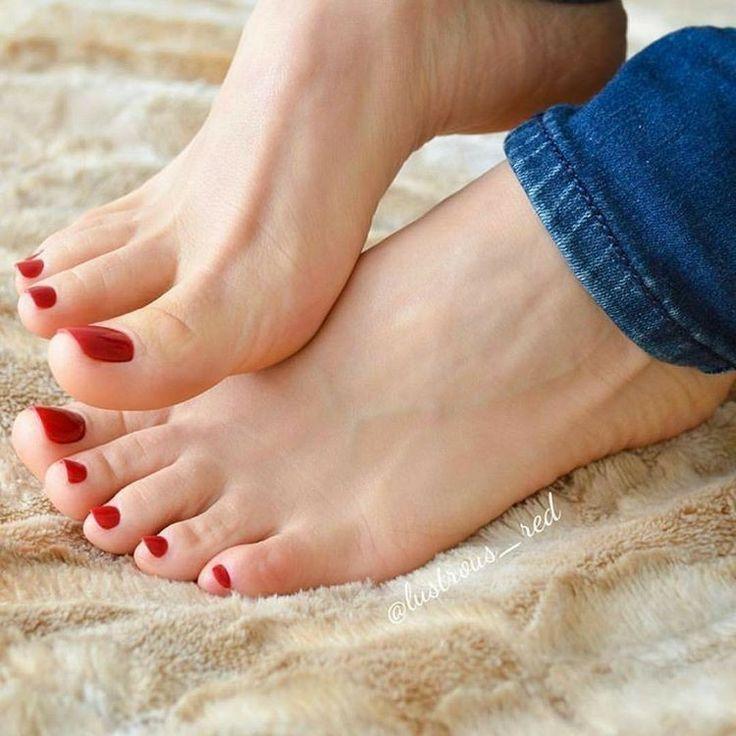 female-feet-sexy