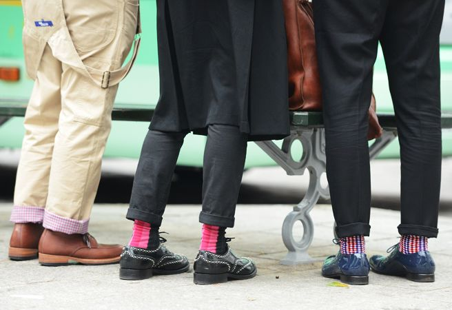 men should never wear white socks.Colors Socks, Street Style, Men Fashion, Men Dig, But Socks, Menswear Scene, Tommy Ton, Shoes Style, Man Style