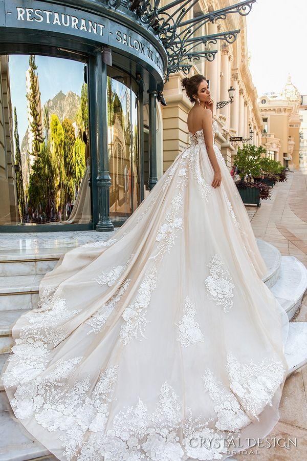 Crystal Design Haute Couture 2017 Wedding Dresses / http://www.deerpearlflowers.com/crystal-design-haute-couture-wedding-dresses-2017/5/