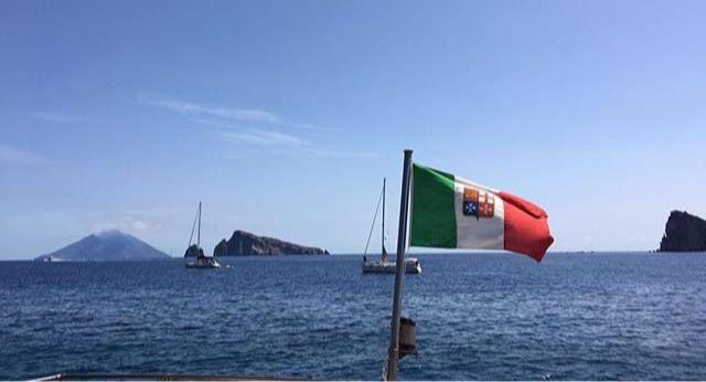 Navigando verso Stromboli
