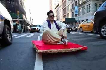 This Guy Dressed As Aladdin Rode A Magic Carpet Through New York