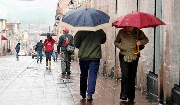 Para hoy, se pronostican lluvias aisladas en Durango, Zacatecas, Coahuila, Nuevo León, Tamaulipas, San Luis Potosí, Aguascalientes, Guanajuato, Querétaro, Hidalgo, Jalisco, Michoacán, Ciudad de México, Puebla, Estado de México, Tlaxcala, ...
