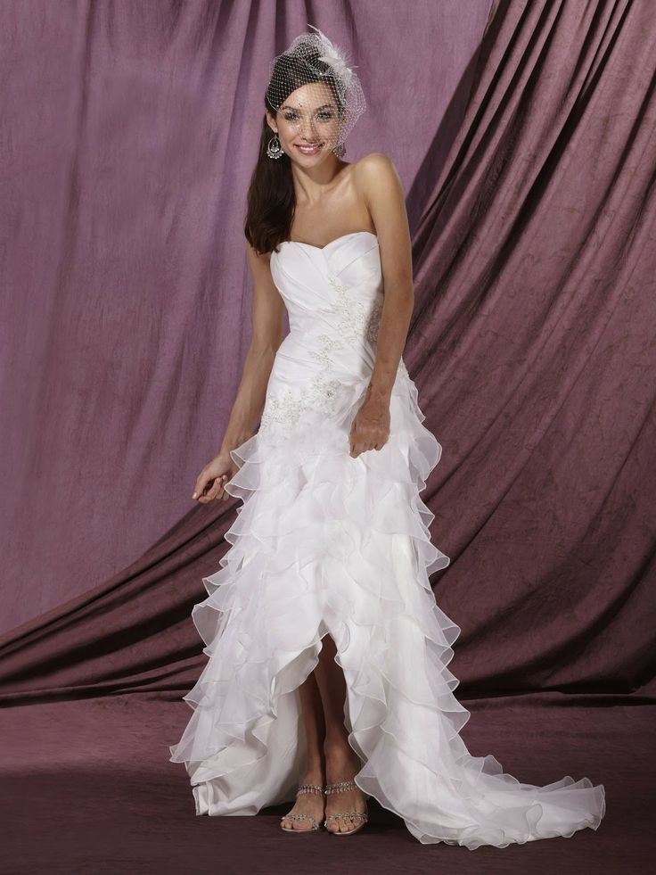 Hi low wedding dress dresses and more dresses for Country western wedding dresses