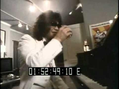Van Halen Behind The Scenes Footage - YouTube