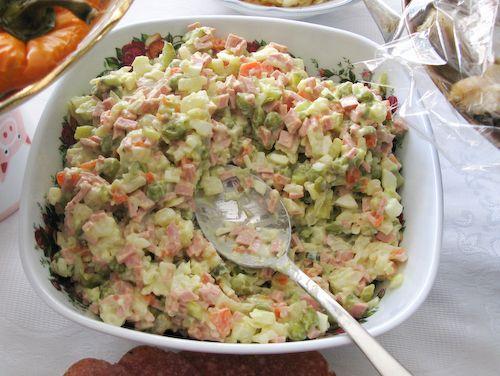 "Russian Food - Russian Salad ""Oliv'e"""