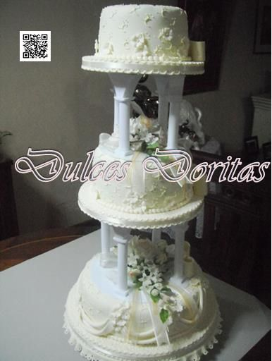 tortas de comunion de 3 pisos