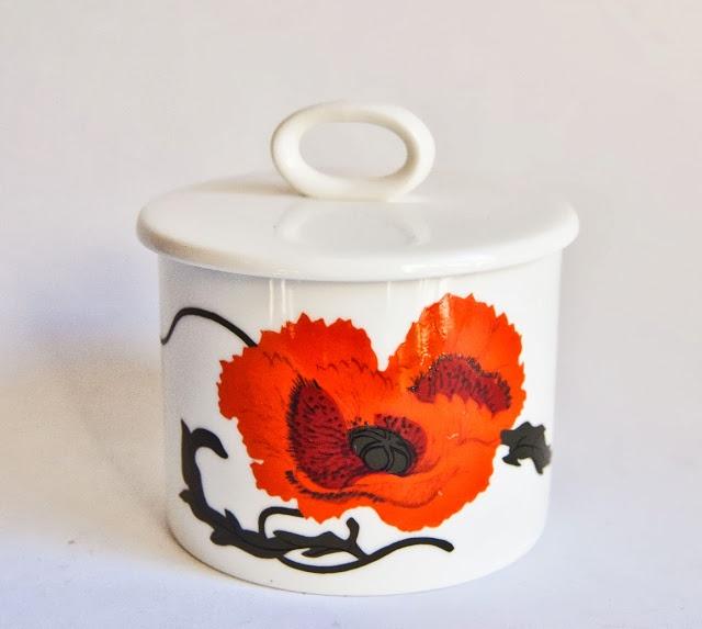 "Wedgwood Pottery - ""Cornpoppy"" design by Susie Cooper, c. 1974"