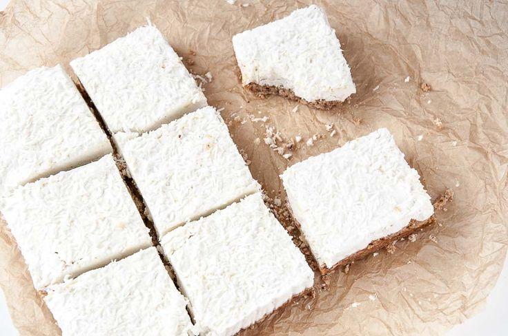 Lemon Cream Bars Recipe - Clean eating lemon cream bars recipe with Coconut. Vegan, Gluten-free with a raw vegan option. Coconut…