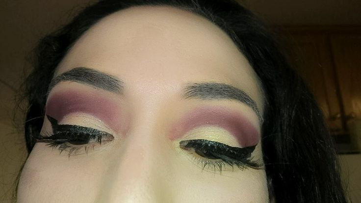 Subculture pallet, BeautybyBlooms, makeup, inspiration, burgundy, red, half cut crease, real, mua, makeup artist, cut crease, eyeliner, eyebrows, brows, Anastasia Beverly Hills dip brow and subculturepallet, lashes, ideas, eyeshadow