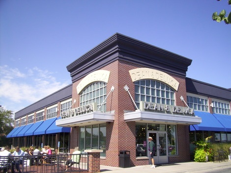 Dean and DeLuca, oh how I miss you being right across from my school
