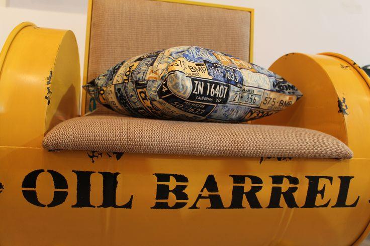 Fauteuil industriel baril d'huile - Industrial oil barrel chair